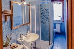 Servizio fotografico casa vacanze, Toilette con doccia